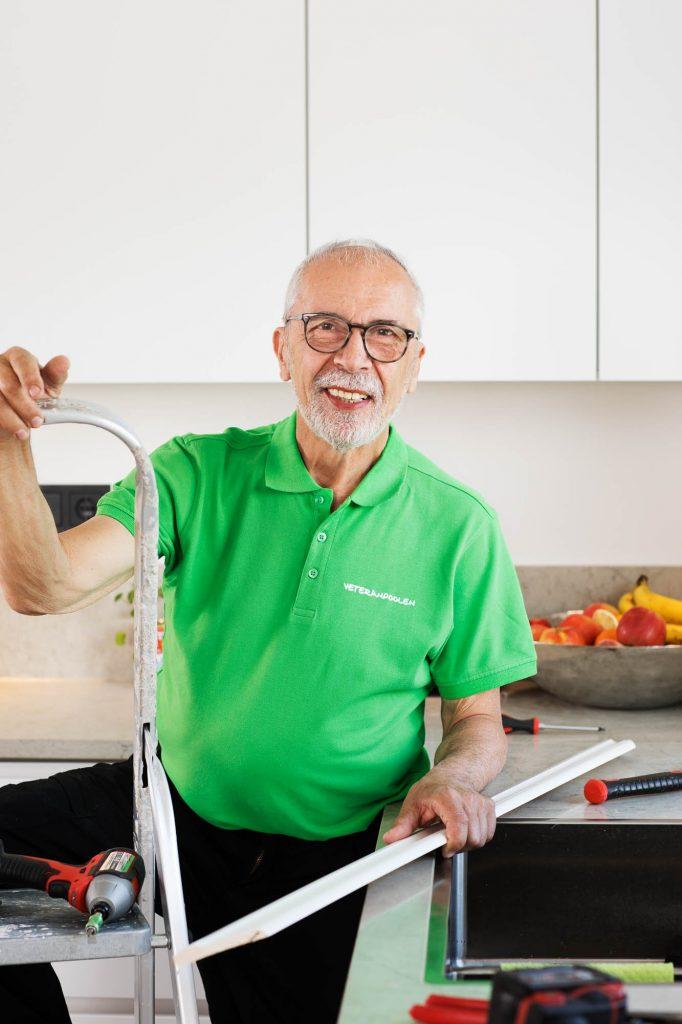 Är du pensionerad hantverkare? Jobba extra genom oss!