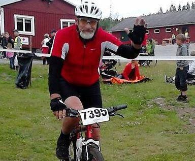En pigg 77-åringsom ofta är ute och cyklar